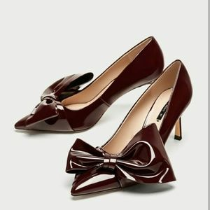 Zara Faux Patent Court shoes with bow 6